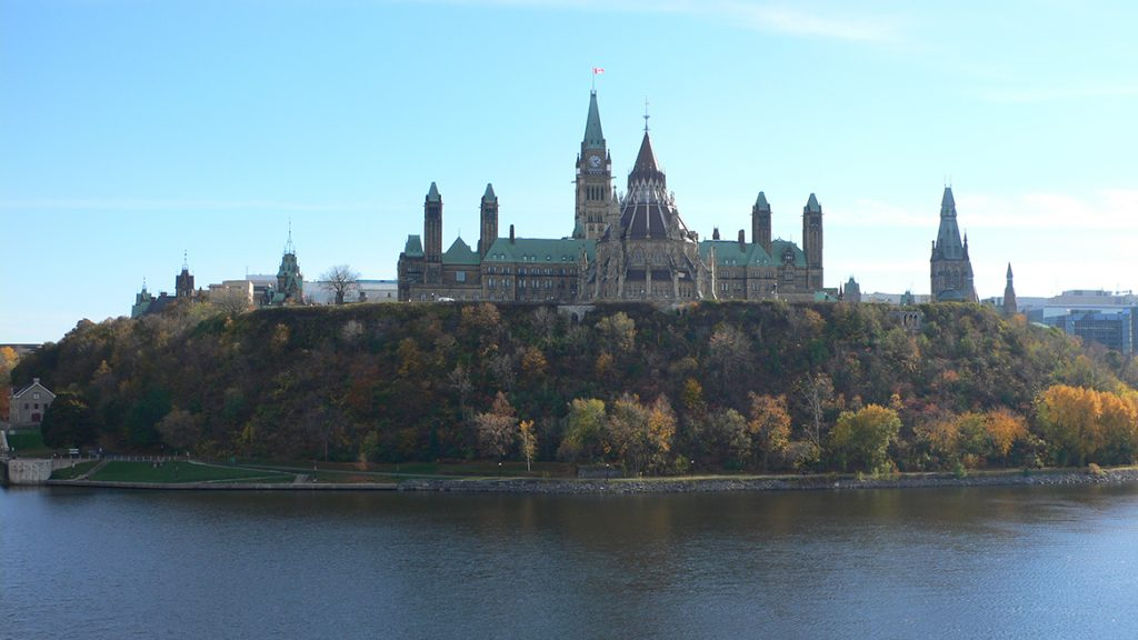 Parliament_Hill_view_01